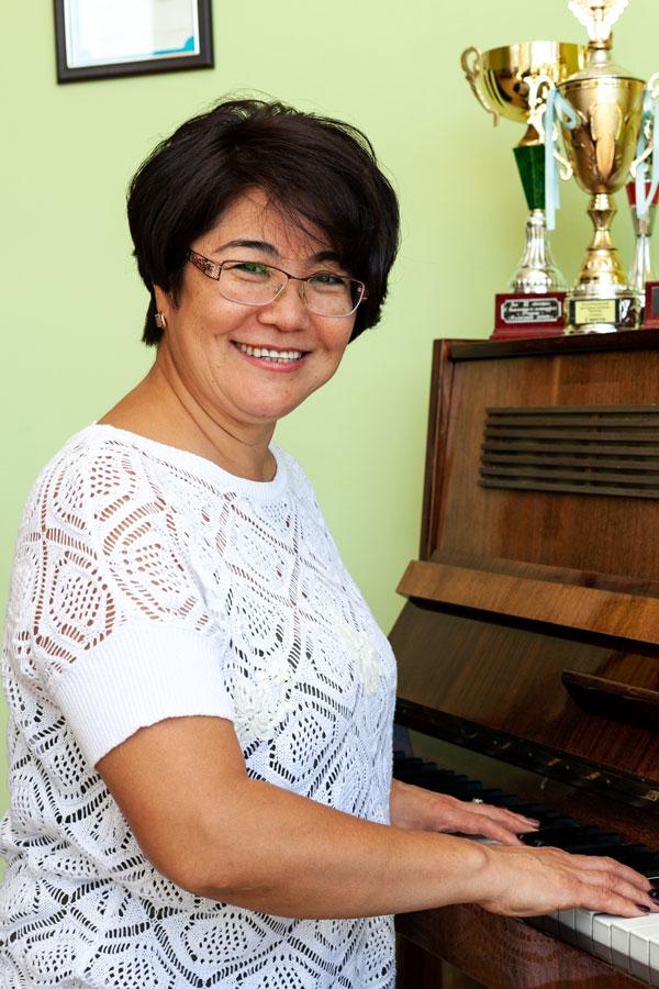 Кан Лилия Юрьевна - Учитель по эстрадному вокалу