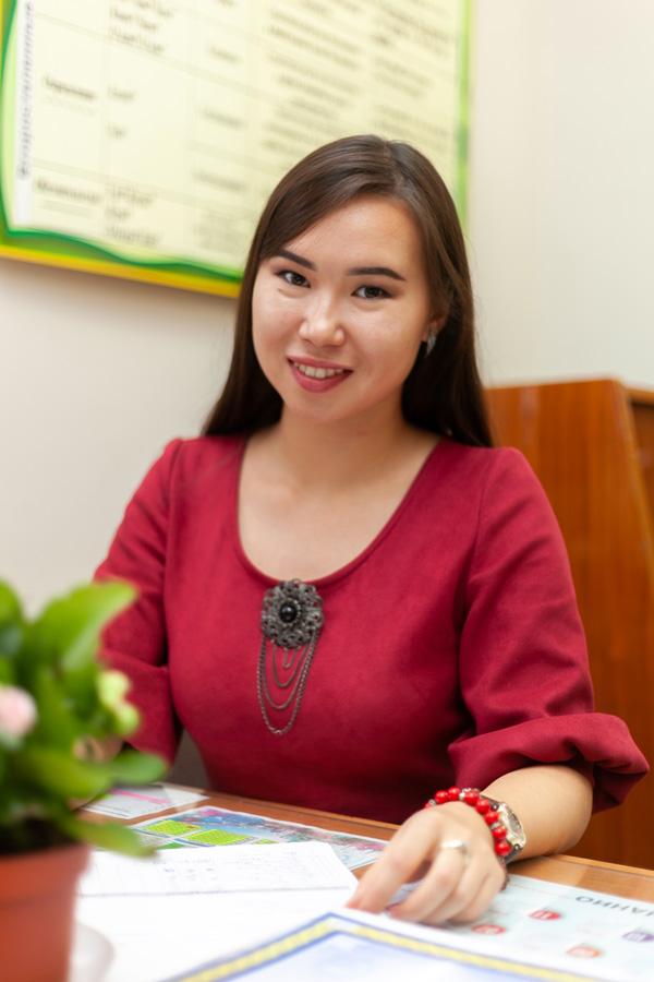 Леспаева Багдат Алимхановна - Преподаватель курса английского языка