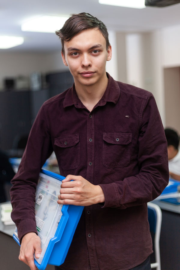 Пак Феликс - Тренер по робототехнике